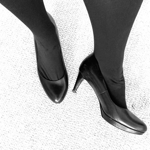 Cole Haan Shoes - Working girl heels!